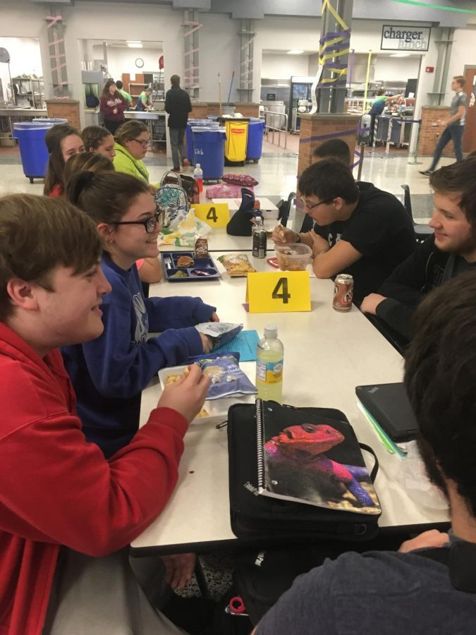 Students discuss icebreaker questions at Mix It Up on November 2. Photo by Hannah Harper.