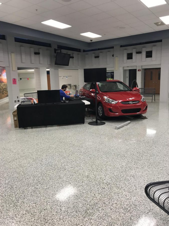 PEERs+brought+a+Chevy+into+the+commons+in+October+to+help+students+understand+the+dangers+of+distracted+driving.+The+PEERs+Foundation%2C+which+provides+the+simulations%2C+is+based+in+Grand+Rapids.+PEERs+stands+for+Professionals+Encouraging+Education+Reform.