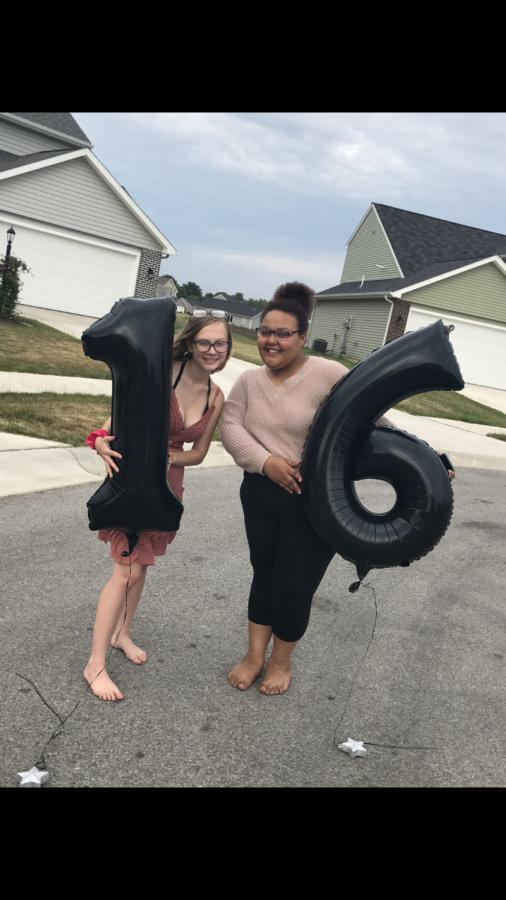 Anivea Johnson celebrates Kylee Pemberton's sweet 16 birthday in April 2020. Johnson passed away in February 2021.