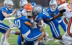Multiple Charger defenders wrap up Northrop running back